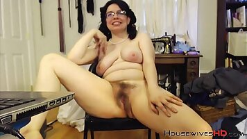 Busty MILF sells her new clothes and fucked by auction house