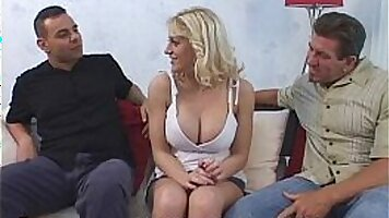 Cheating wife sex with sexy big tits journalist Tommyys webcam show