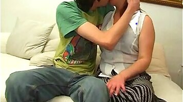 Busty Mom Rachel Brooks Getting Seduced With Horny Young Guy