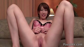 Asian Teen Superb Shaved Pussy