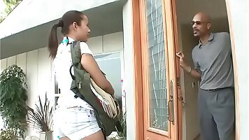 Interracial slut fingered by agent for sex