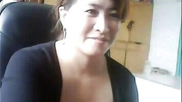 Chinese Mom Gives Illegal Sex Adventure