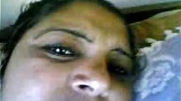 Indian horny aunty girl bouncing on dick