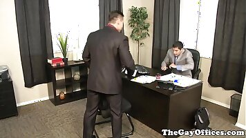 Very naughty crackbanging office hottie gets drilled by eager boss